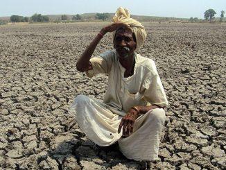 indien_landwirtschaft_rechte_mann-durre_690-690x402
