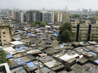 mumbai-slum_4c-621x414