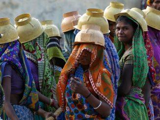 india-women-informal-sector-reuters